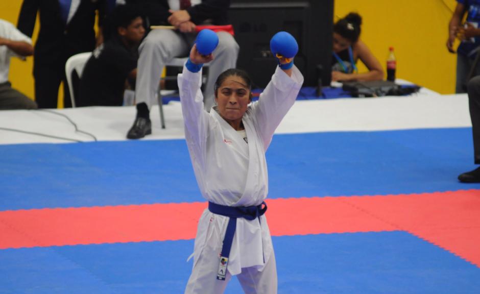 A sus 37 años, la karateka guatemalteca consigue su sexto metal. (Foto: Pedro Pablo Mijangos/ Nuestro Diario)