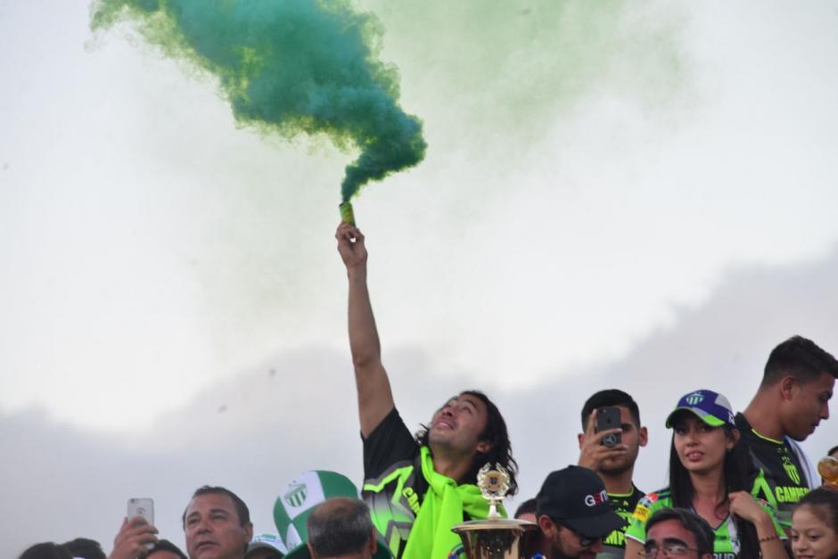 Antigua se proclamó campeón del fútbol nacional frente a Municipal. (Foto: Jesús Alfonso/Soy502)