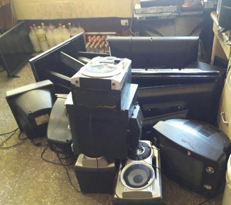 Los reos tenían varios televisores y equipos de sonido. (Foto: Sistema Penitenciario)
