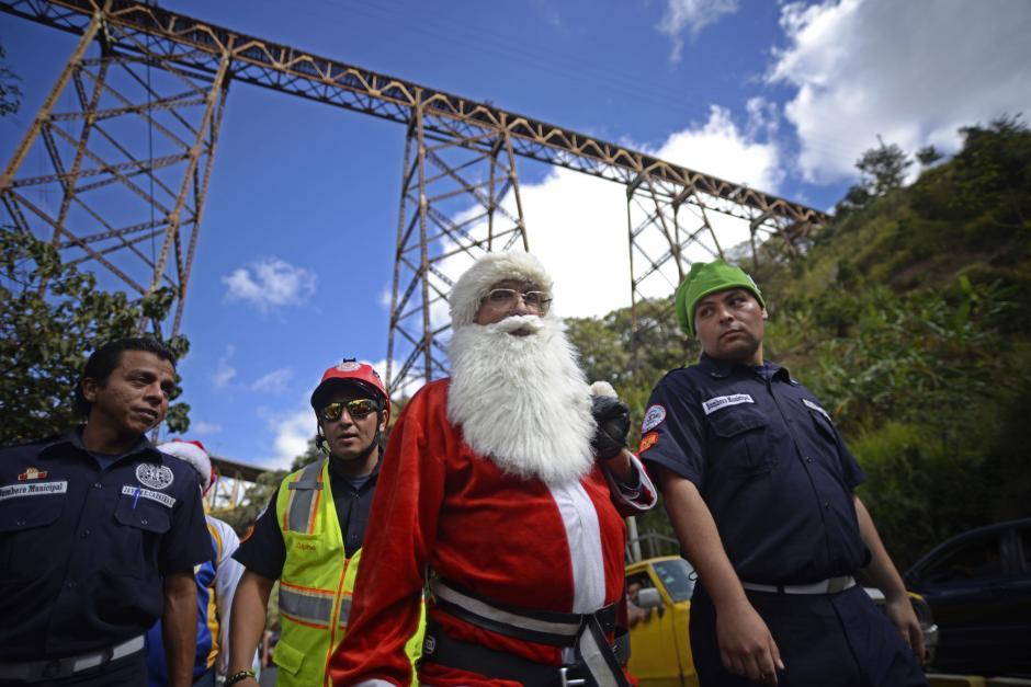 Chacón tiene 72 años y es bombero municipal. (Foto: Wilder López/Soy502)
