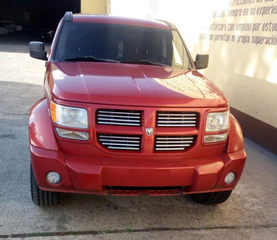 Los vehículos tenían reporte de robo en Eslovaquia y México. (Foto: PNC)