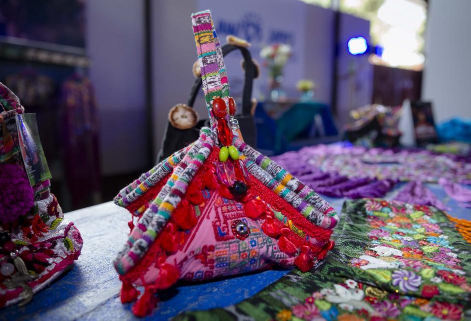 Detalles de los diseños de Isabella reflejan el folclore guatemalteco. (Foto: George Rojas/Soy502)
