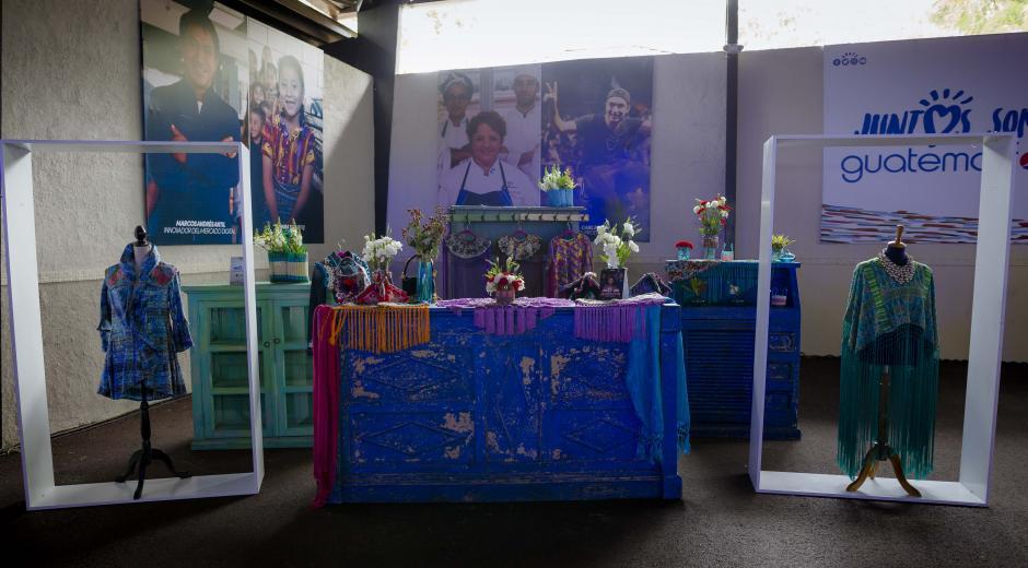 Los diseños de la talentosa Isabella Springmuhl fueron exhibidos a los asistentes. (Foto: George Rojas/Soy502)