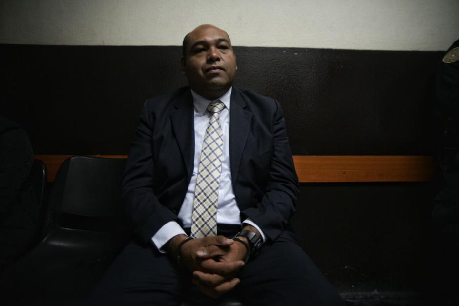 Los tres implicados, entre ellos el abogado Benjamín Estrada, conocerán si enfrentarán proceso por la fuga. (Foto: Wilder López/Soy502)