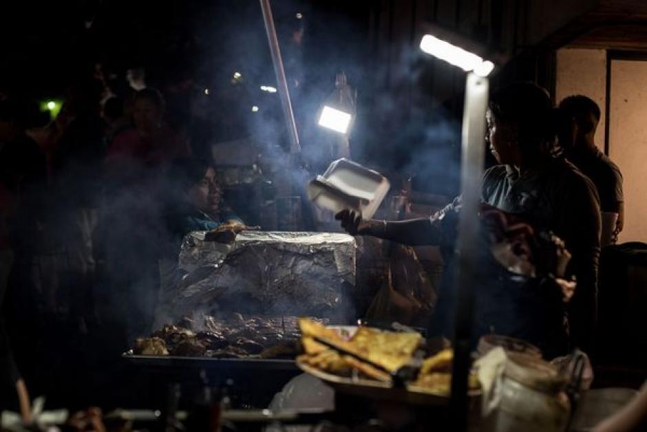 Al lugar asisten jornaleros guatemaltecos que viven en Los Ángeles, California. (Foto: Wonho Frank Lee/Eater)