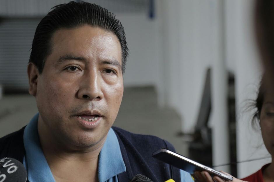 Edgar Méndez ha apoyado que los vendedores informales paguen impuestos. (Foto: Alejandro Balán/Soy502)