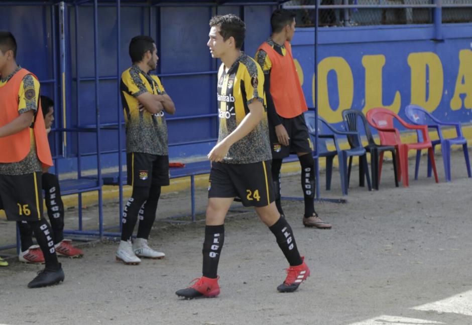 El hijo del Presidente Jimmy Morales formó parte del Aurora FC. (Foto: Alejandro Balán/Soy502)