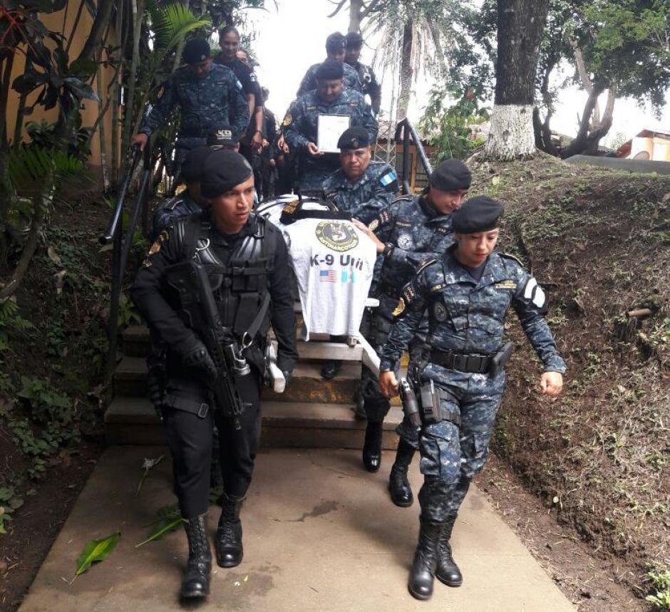 El funeral de Back se realizó en la aldea El Cerinal, Barberena en Santa Rosa. (Foto: PNC)