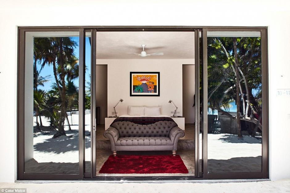 La que fuera casa de Pablo Escobar cuenta con varios ambientes para los visitantes. (Foto: Dailymail)