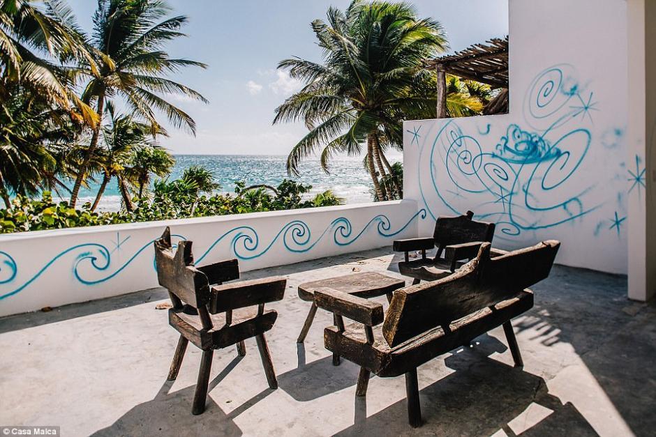Terrazas con vistas espectaculares a la playa incluyen la que fuera la casa de Pablo Escobar. (Foto: Dailymail)