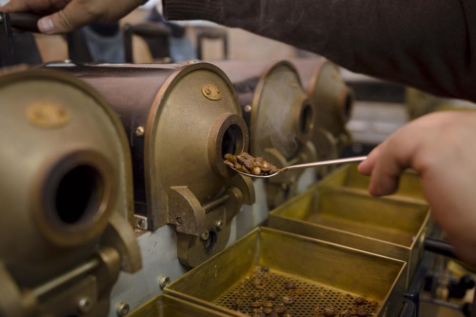 Anacafé apoya a los caficultores para que encuentren el punto perfecto de la producción de café. (Foto: George Rojas/soy502)