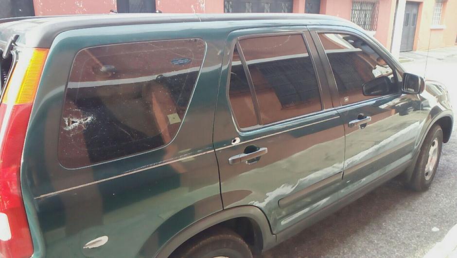 En este vehículo se transportaban los cuatro hombres. (Foto: PNC)