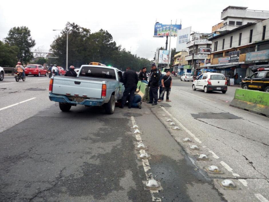 El conductor chocó contra separadores viales. (Foto: Amílcar Montejo/PMT)