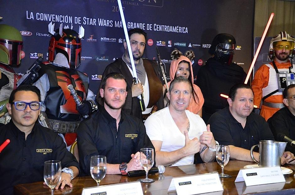 Ray Park invita a todos a asistir al evento. (Foto: Selene Mejía/Soy502)