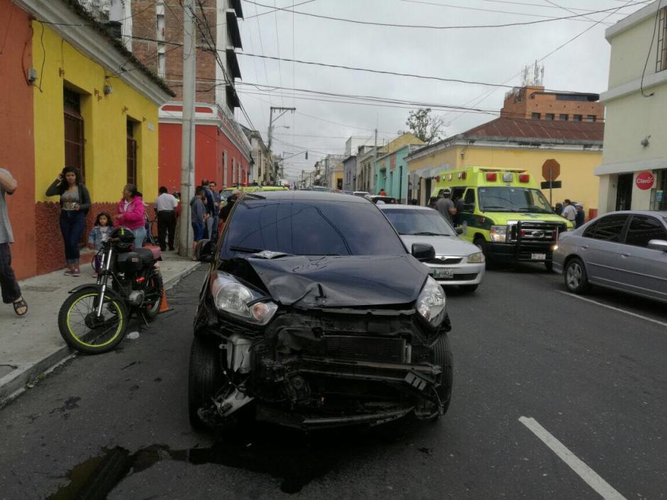 Una mujer fue alcanzada por el choque. (Foto: Amilcar Montejo/PMT)
