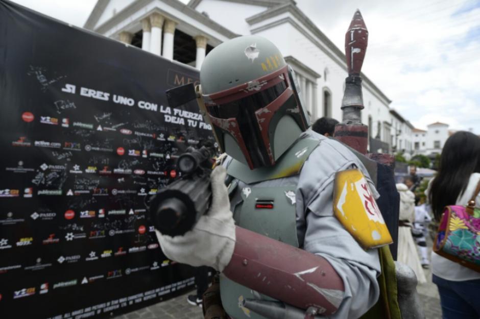 Muchos de los asistentes no descuidaron ni un solo detalle del vestuario de Star Wars. (Foto: Wilder López/Soy502)