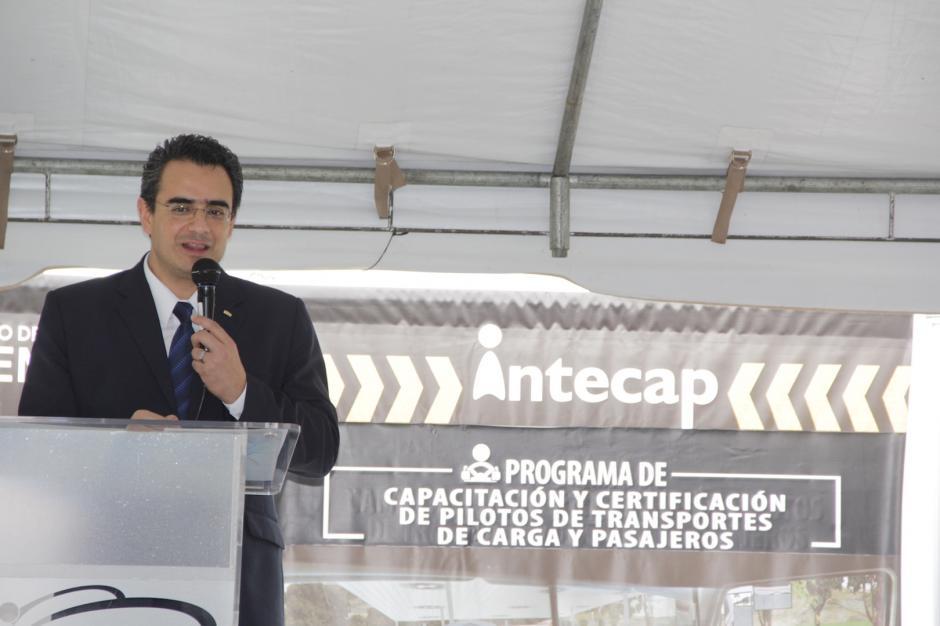 Las autoridades del Intecap esperan comprar dos simuladores más para llevarlos al interior del país. (Foto: Fredy Hernández/Soy502)