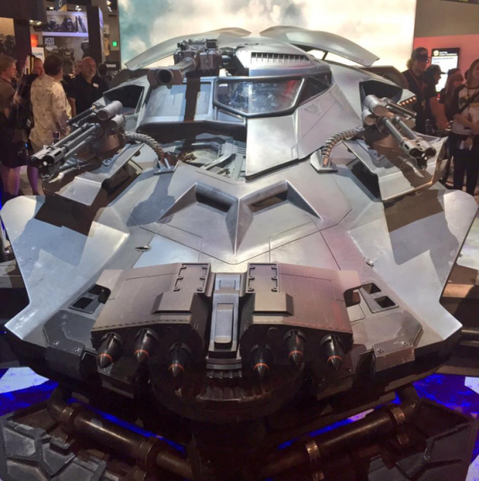El batmóvil fue presentado en la Comic-Con. (Foto: gizmodo)