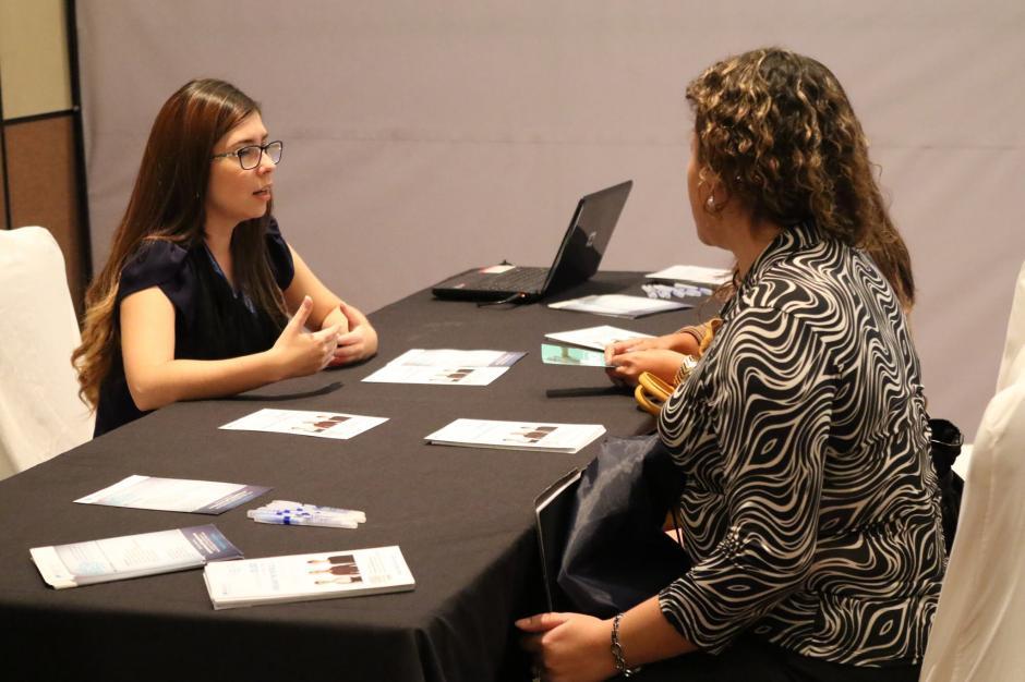 Los aspirantes pueden recurrir a préstamos o financiamientos para echar a andar su empresa. (Foto: Soy502)