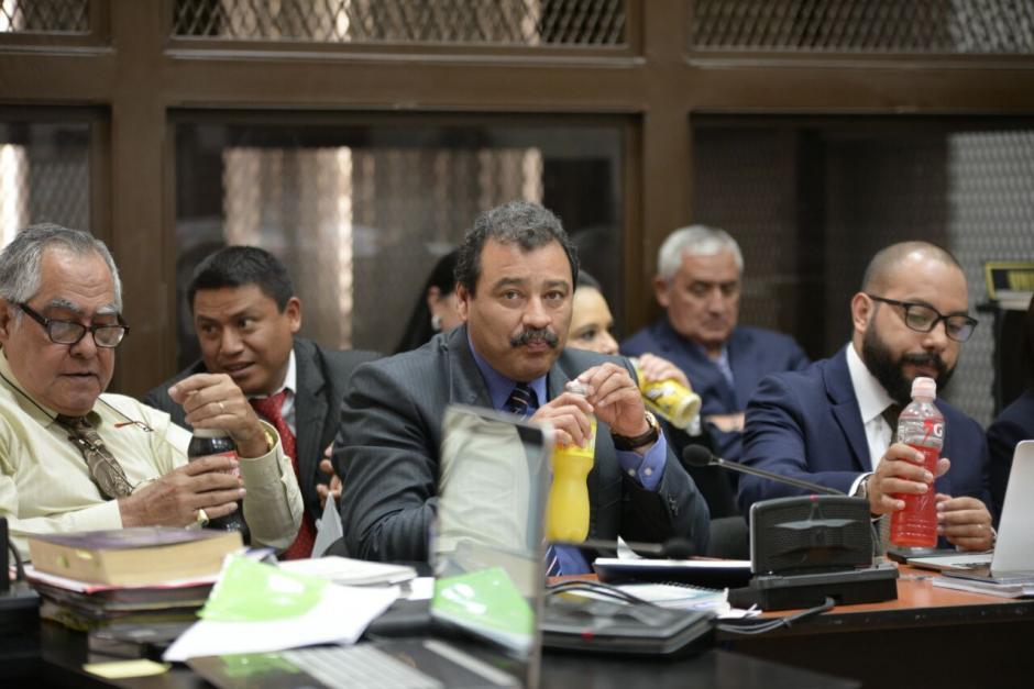 Fernando Guerra es el abogado que lleva la defensa técnica de Roxana Baldetti. (Foto: Wilder López/Soy502)