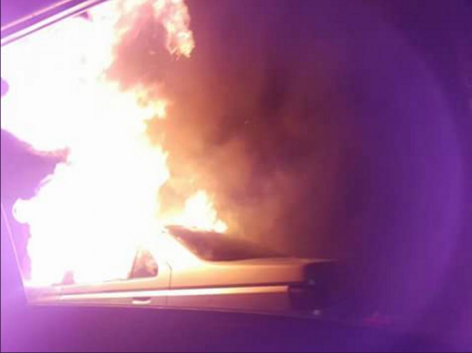 Los vecinos alertaron sobre el fuego. (Foto: Twitter)