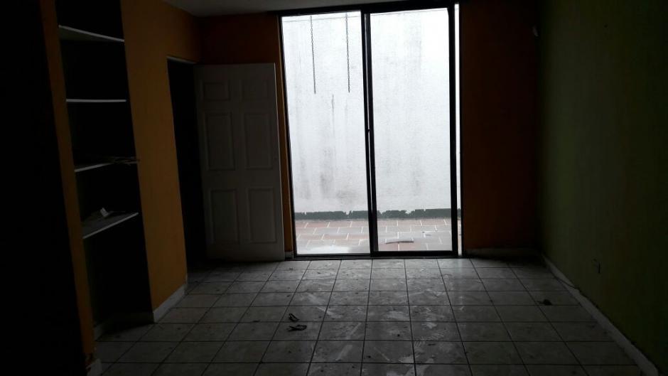 En la parte de abajo la vivienda tiene varios accesos. (Foto: MP)