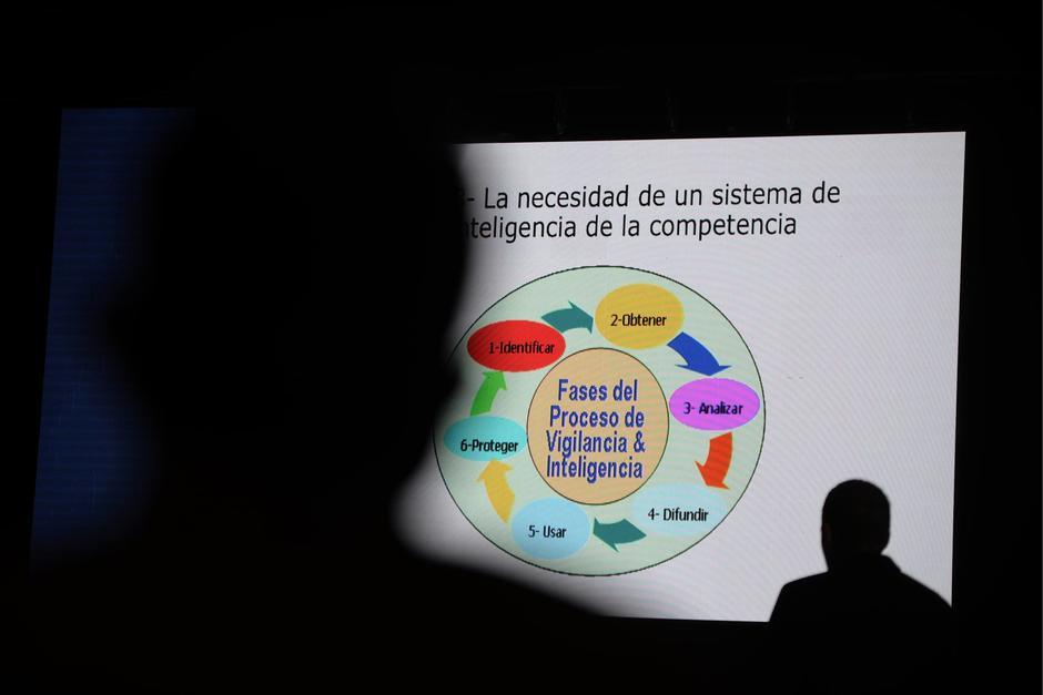 La falta de preparación es una de las principales dificultades para los emprendedores. (Foto: Wilder López/Soy502)