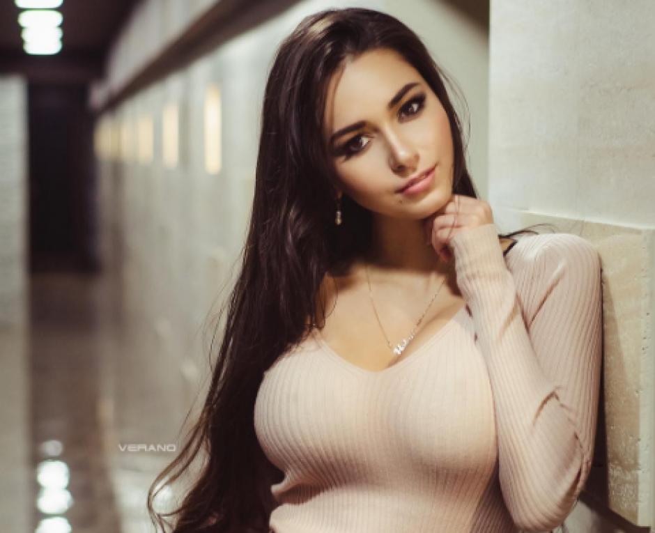 Helga Lovekaty sería la razón de la separación de James y Daniela Ospina. (Foto: Instagram/Helga_Model)
