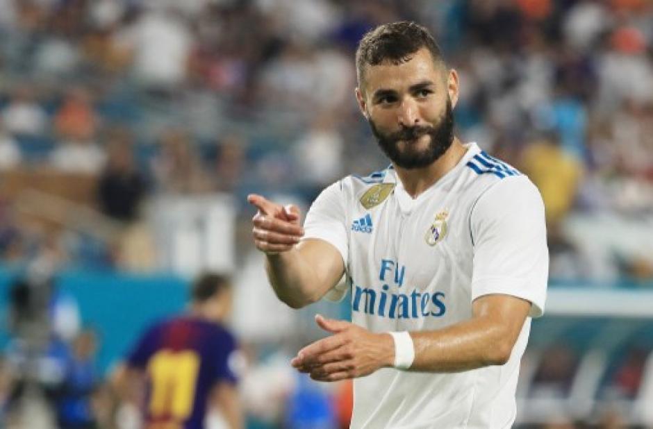 Benzemá era la punta de lanza del Madrid, pero pasó inadvertido. (Foto: AFP)