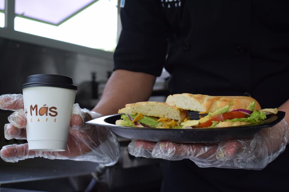 El panini Chapín es uno de los más solicitados. (Foto: Nathaly Arbizú/Soy502)
