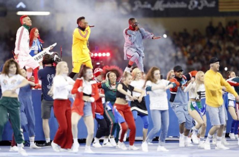La agrupación hizo un recorrido por sus mayores éxitos. (Foto: AFP)