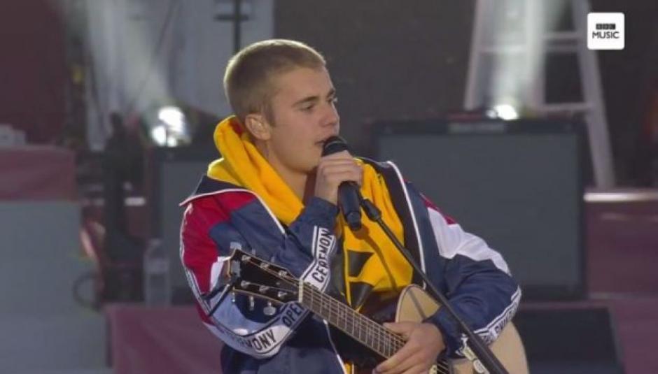 Justin Bieber apoyó a los damnificados por los atentos en Mánchester.(Foto: AFP)