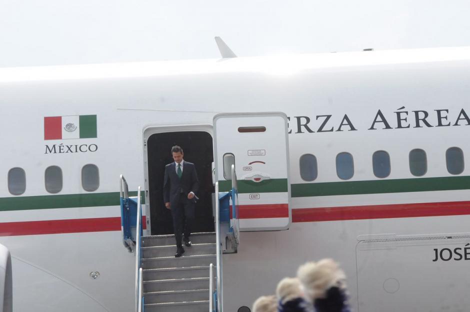 Este es el avión que trasladó a Peña Nieto desde México. (Foto: Jesús Alfonso/Soy502)