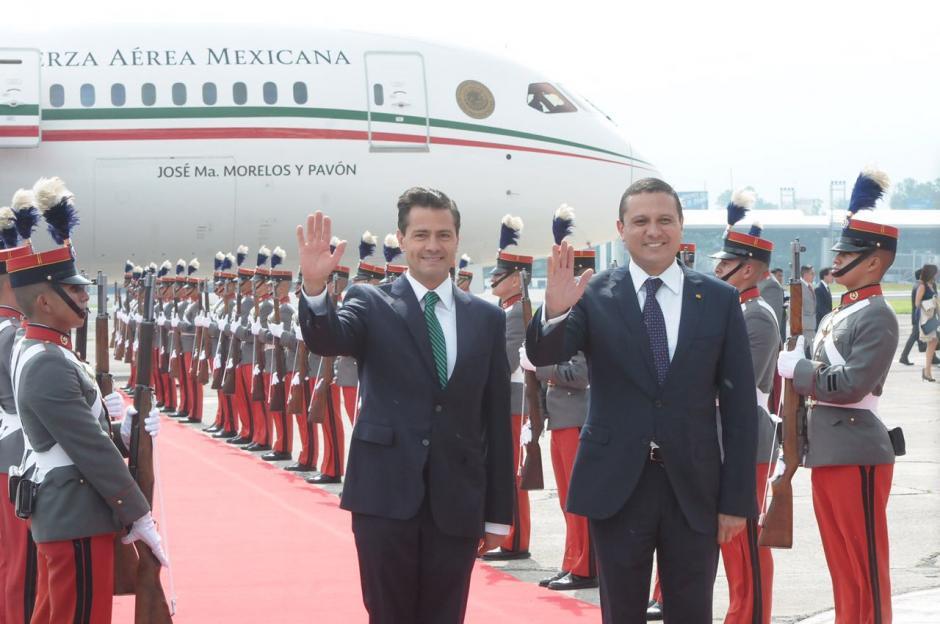 Así posaron para la fotografía oficial. (Foto: Jesús Alfonso/Soy502)