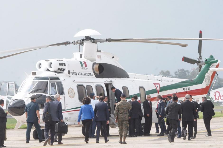Este es el helicóptero que trasladó a Peña Nieto hacia la ciudad de Antigua Guatemala. (Foto: Jesús Alfonso/Soy502)
