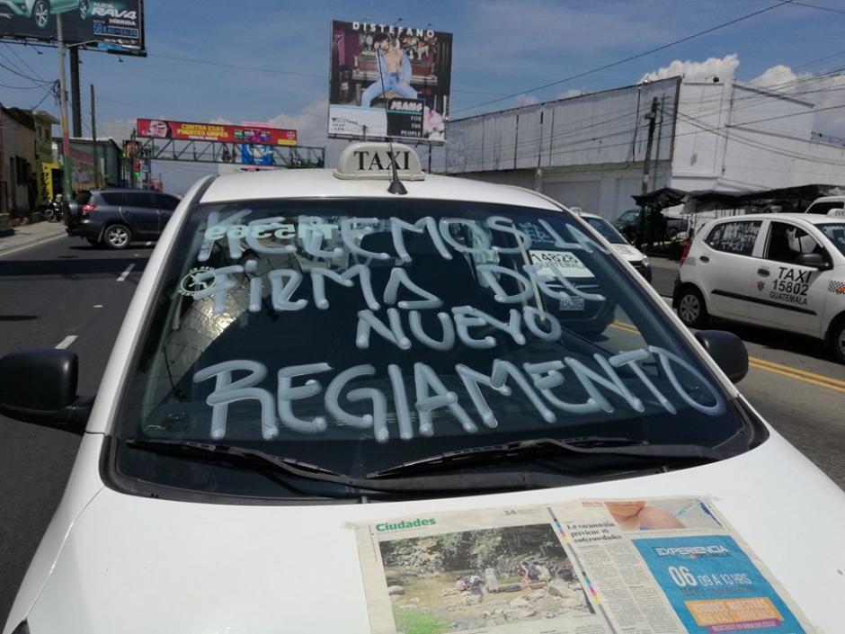 Piden la publicación del reglamento nuevo. (Foto: Jorge Sente/Soy502)