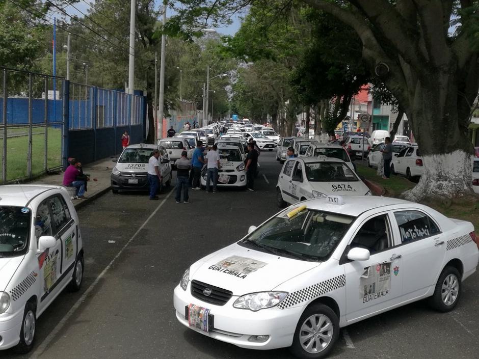 Algunas calles se encuentran bloqueadas. (Foto: Jorge Sente/Soy502)