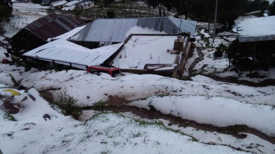 El granizo dura cerca de 40 minutos hasta que se derrite. (Foto: Lucero Sapalú/Nuestro Diario)