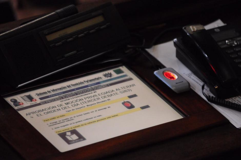 La Contraloría detectó que los diputados hicieron mal el cálculo al momento de recibir su pago de Aguinaldo y Bono 14. (Foto: Jesús Alfonso/Soy502)