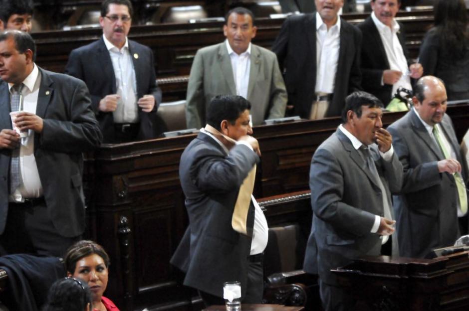 La Contraloría pidió que los diputados devolvieran ese dinero, pero los legisladores protestaron en el Congreso. (Foto: Jesús Alfonso/Soy502)