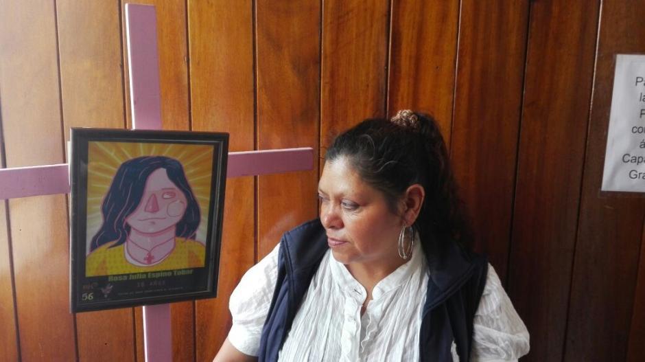 Los padres de las víctimas participaron en el lanzamiento de la exhibición. (Foto: Marcia Zavala/Soy502)