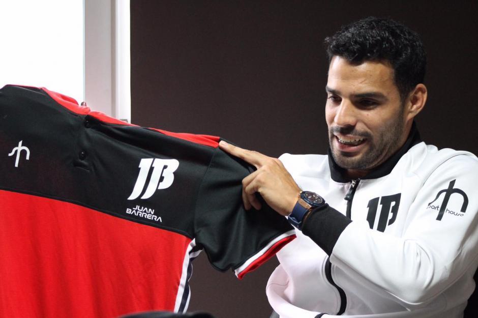 Juan Barrera presenta su nueva línea de ropa. (Foto: Juan Barrera)