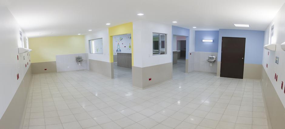 En la nueva área hay tres áreas de shock, dos sanitarios con duchas, enfermería, área de faena limpia y sucia. (Foto: Doblevía Relaciones Públicas)