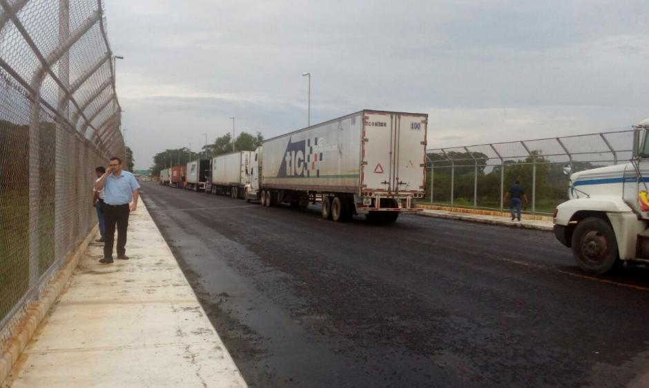 La SAT reportó daños en la frontera de Tecún Umán, San Marcos. (Foto: Juan Francisco Solórzano Foppa/Twitter)