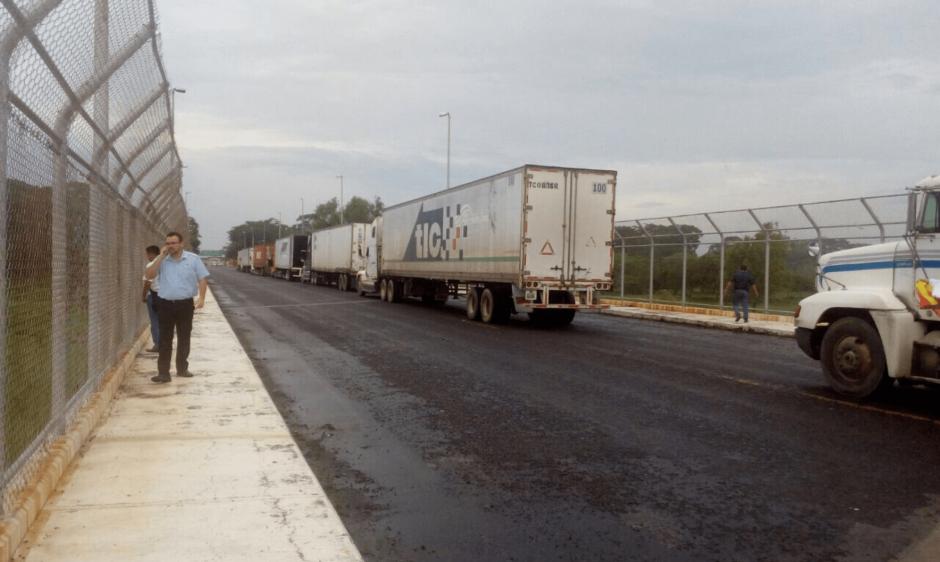 Este es uno de los principales pasos fronterizos entre Guatemala y México. (Foto: @wovallesat/Twitter)