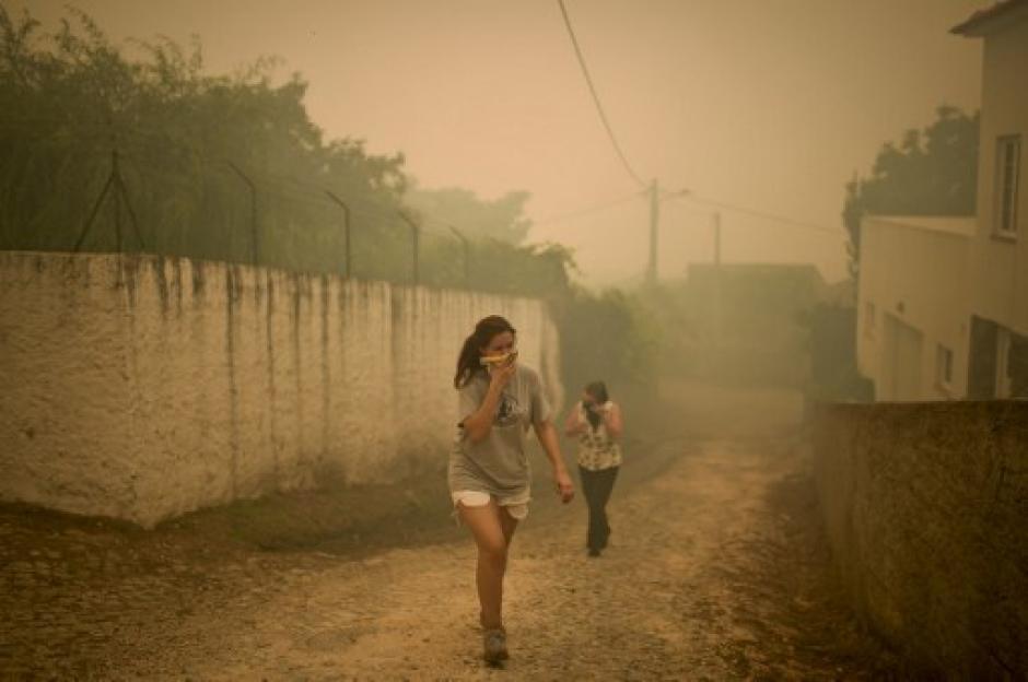 Alrededor de 60 incendios forestales se han registrado en Portugal durante el fin de semana. (Foto: AFP)