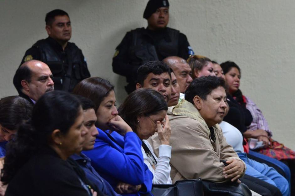 Familiares lloraron al escuchar la acusación del MP. (Foto Jesús Alfonso/Soy502)