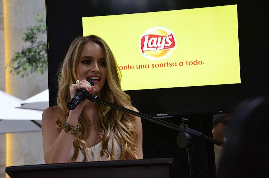 La cantautora, Stephanie Zelaya, también aportó su actitud y sonrisa. (Foto: Selene Mejía/Soy502)