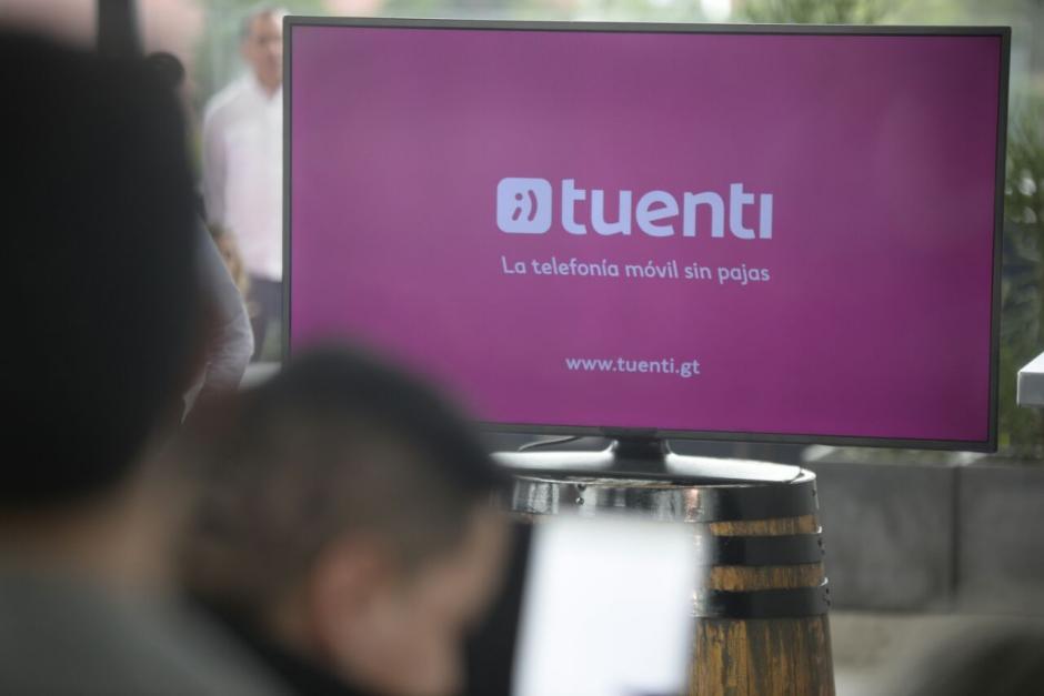 Este viernes se puede empezar a adquirir el servicio con cobertura en todo el país. (Foto: Wilder López/Soy502)