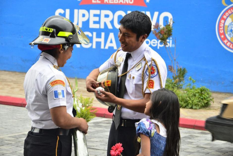 El bombero hizo creer a su pareja que iba a una entrevista. (Foto: Stereo100)